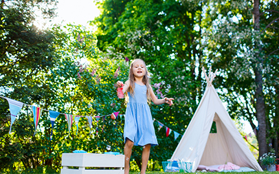 Stylish kid friendly gardens