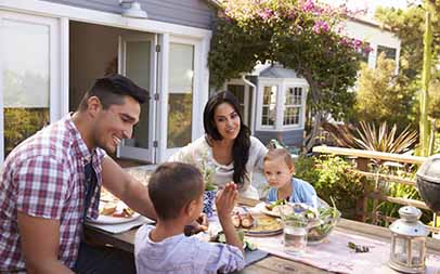 How to attract passionate family buyers when selling your home?